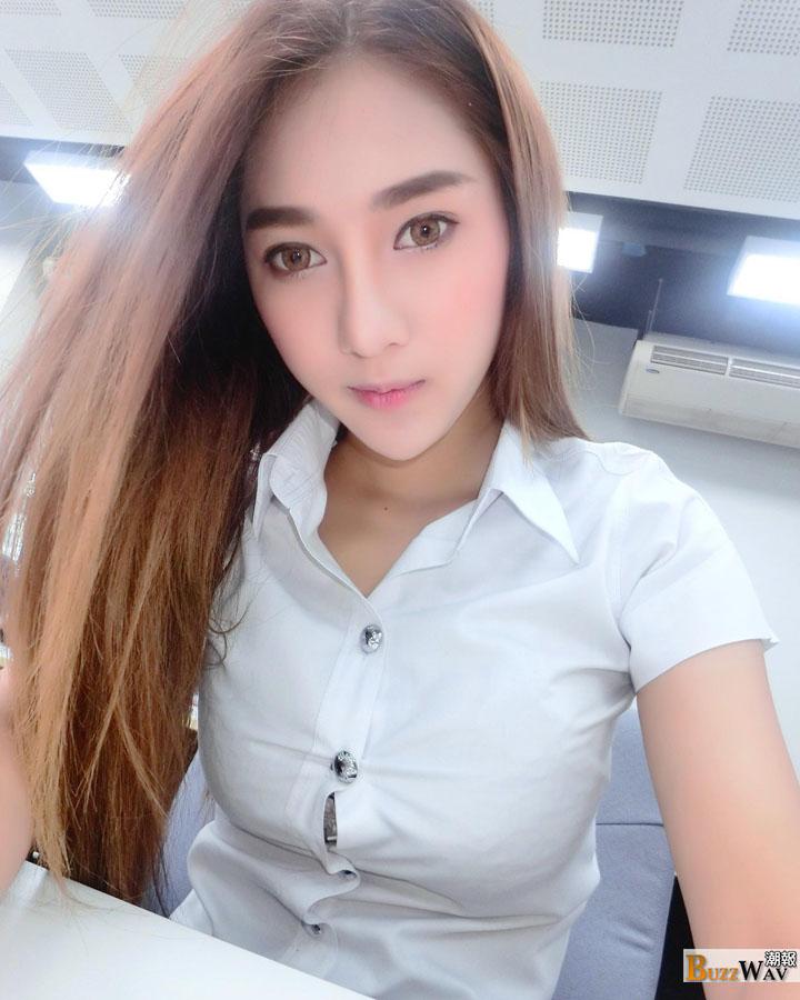 aomam fhm gorgeous fair skinned thai racequeen with